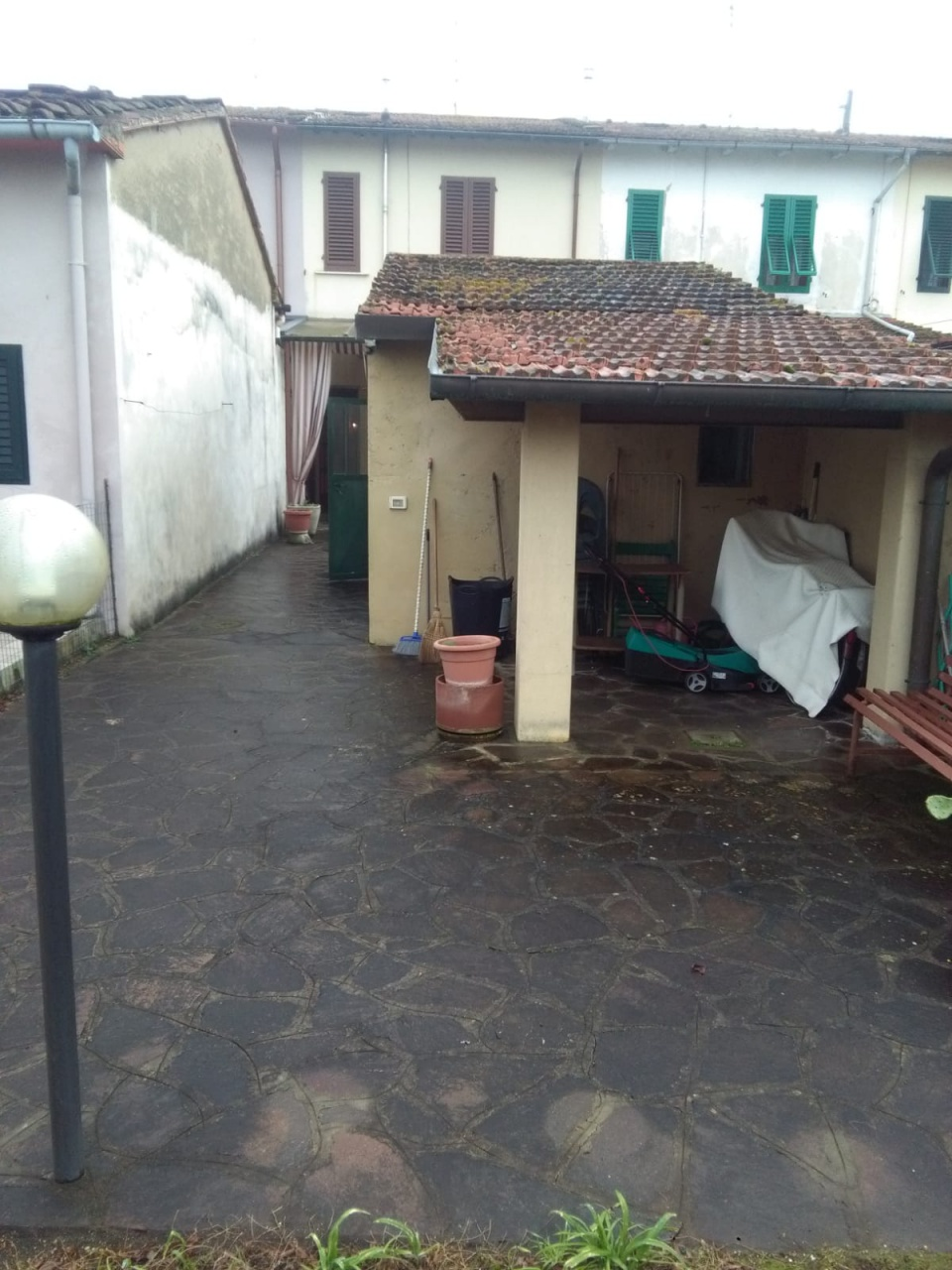 cerca  TERRATETTO VENDITA Prato (zona Tavola)